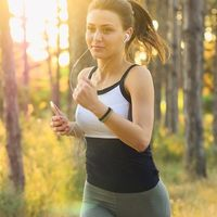 35 Amazing Health Benefits of Running, According to Science (+10 Tips for Beginners)
